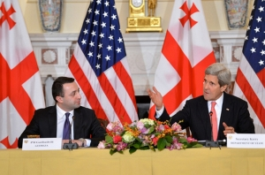 Irakli Garibashvili and John Kerry (Civil Georgia)