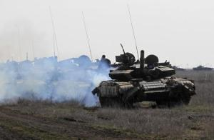 Ukrainian military exercises in Mykolaiv (Nikolayev), southern Ukraine (Reuters / Valentyn Ogirenko)