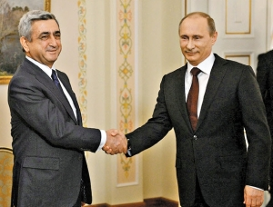 Armenia's Serj Sargsyan and Russia's Vladimir Putin immediately after their 3 September meeting.