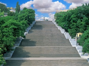 Odessa's celebrated Potemkin Steps, once the scene of Sergei Eisenstein's famed 1925 Soviet classic, The Battleship Potemkin. (Palmyra.od.ua)