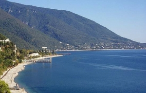 Beautiful Gagra on the Black Sea Coast (Panoramio)
