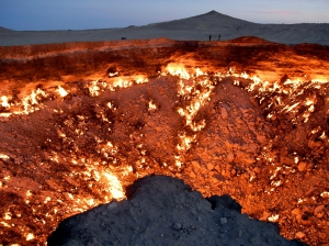 Darvaza Natural Gas Crater, Turkmenistan (National Geographic / Nick Hannes and Hollandse Hoogte)