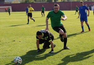 Georgian Prime Minister Garibashvili in a football friendly between Georgia and South Ossetia. (InterPress News Agency)
